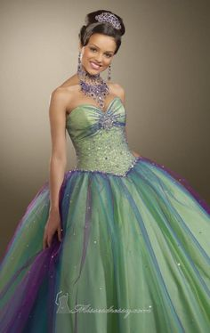 Can I have a quinceanera / mermaid party soon please