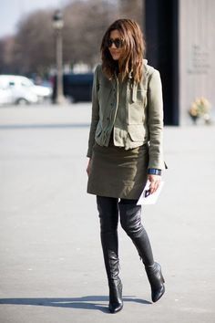 : christine centenera (again) Fashion Mode, Vogue Fashion, Fashion Editor, Work Fashion, Womens Fashion, Fashion Blogs, Style Fashion, Christine Centenera, Her Style