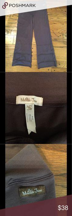 Matilda Jane Finn brown pants medium. Guc Matilda Jane Finn pants size medium. Great used condition. Brown. Matilda Jane Pants