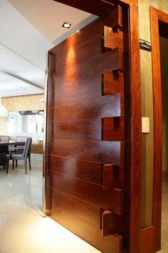 » В красиво оформленные деревянные двери - Деревообрабатывающее ума