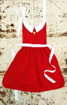 ANNIE Disney inspired Child Costume APRON. by QueenElizabethAprons, $28.99