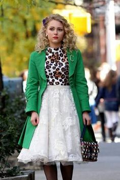 "Annasophia Robb of ""The Carrie Diaries"" Fashion Tv, Retro Fashion, Fashion Models, Fashion Outfits, Womens Fashion, Preppy, The Carrie Diaries, Bcbg, Playing Dress Up"