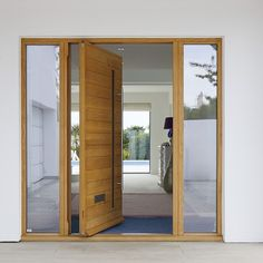 Pivot front doors are the perfect designer entrance way to your home. Learn more about Urban Front's handcrafted, contemporary range of pivot front doors here. Contemporary Front Doors, Modern Entrance, Modern Front Door, Front Door Design, Front Door Decor, Front Porch, House Doors, House Entrance, Entrance Doors