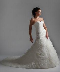 Essence Style 8108 Wedding Dress