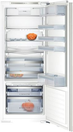 """K8115X0 This incredibly accommodating fridge will meet all your storage requirements, fitted with 6 shelves of which 3 are adjustable, Easy Lift door compartments and an impressive 57 litre Vita Fresh storage box to extend the life of your food by up to three times. Features ◾Net fridge: 227 litres◾Automatic defrost fridge◾1 0°C VitaFresh container """"moist"""" (about 95% humidity) with rippled base for improved air circulation◾SuperCool function with automatic deactivation…"""