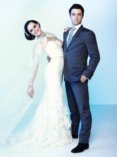 Tessa Virtue + Scott Muir, Canadian Olympic gold medalists in ice dancing ♥ Sweet couple - I wish that they would get married in real life!