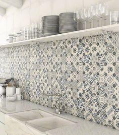Fliesen Deko Ideen: Helle Einbauküche, Blau Weiß Marokkanischen Fliesen,  Orientalische Küche