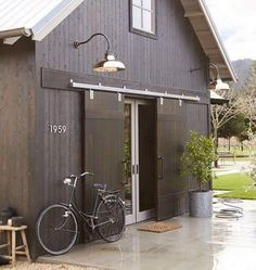 End of house. Put sliding barn doors over french doors to help keep house cool and block light when needed. Modern Barn, Modern Farmhouse, Contemporary Barn, Farmhouse Trim, Kitchen Modern, Barn Living, Barns Sheds, Architecture, Future House