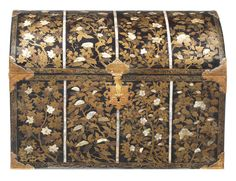 Bonhams : A Nanban lacquer coffer Edo period (1615-1868), circa 1615-1630 Great Warriors, Growing Peonies, Chinese Embroidery, Coffer, Edo Period, Different Flowers, Japanese Art, Maple Leaves, Needful Things