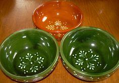Korongozott tálkák Pottery, Clay, Ceramics, Tableware, Ceramica, Clays, Ceramica, Dinnerware, Pottery Marks