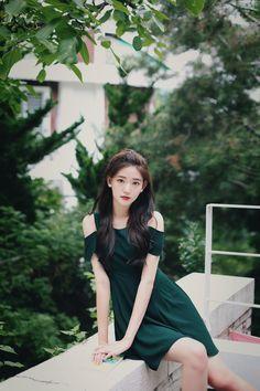 Pin by luv_cherry on korean fashion (feminine&classy look) i Korean Fashion Pastel, Korean Fashion Work, Korea Fashion, Kpop Fashion, Asian Fashion, Fashion Models, Girl Fashion, Korean Beauty, Asian Beauty