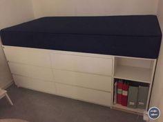 Praktisk säng med inbyggd förvaring