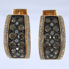 18k Rose Gold Huggie Earrings containing 0.81 Total Carats of Cocoa Diamonds & 0.25 Total Carats of White Diamonds of SI1 Clarity & H Color. - $2,850