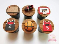 Basketball themed cupcakes