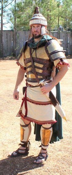 Soldato miceneo, riproduzione a mio parere molto realistica.