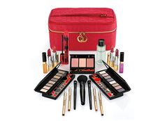 Surprise! @davelackie has another Arden holiday Blockbuster set to give away on his blog Enter here https://wn.nr/X2VfPn #giveaway
