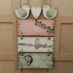 Small Sewing Projects, Diy Wood Projects, Wood Crafts, Diy And Crafts, Projects To Try, Paper Crafts, Arte Pallet, Pallet Art, Chicken Crafts