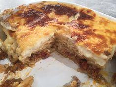 Παστίτσιο by argiro Greek Dishes, Food Categories, Greek Recipes, Lasagna, Food And Drink, Dinner Recipes, Veggies, Cooking Recipes, Favorite Recipes