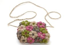 Crochet flower bag, photo Žiga Gorišek