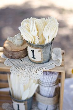 Great Rustic decor for a burlap party or baby shower 90th Birthday, First Birthday Parties, First Birthdays, Vintage First Birthday, Rustic Birthday Parties, Birthday Ideas, Burlap Party, Do It Yourself Wedding, Rustic Baby