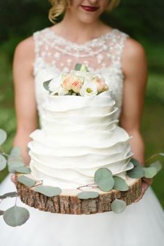 White ruffle wedding cake | Susie Marie Photography | see more on: http://burnettsboards.com/2015/10/lifetime-love-remembering-marriage/