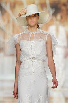 Novias con pamela · Novias YolanCris  #hat #novia #bride