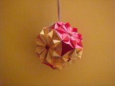 Bola de papel hecha a mano