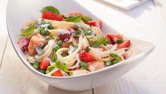 Spaghetti mit cremiger Lachs-Erdbeer-Sauce