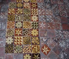 Medieval encaustic tiles at Winchester Cathedral. A beautiful, very old crazy quilt for the floor.