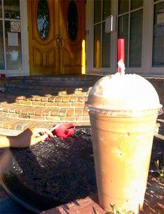 Blended mocha, The Ugly Mug #coffee #IHeartOnTheHunt #OldTowneOrange
