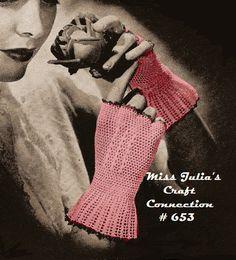 Miss Julia's Vintage Knit & Crochet Patterns: Free Wrist Warmer Patterns Crochet Gloves Pattern, Knitting Patterns, Crochet Patterns, Crochet Ideas, Crochet Quilt, Knit Crochet, Crochet Hats, Tunisian Crochet, Vintage Knitting