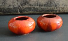 HTF Blue Mountain Pottery Red Drip Glaze Two Candle Holders, Canadian Pottery, Collectible Mid Century Modern Decor by Retrorrific on Etsy Mid Century Modern Decor, Blue Mountain, Glaze, Punch, Mid-century Modern, Candle Holders, Pottery, Candles, Unique Jewelry