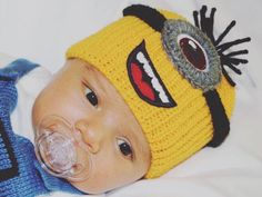Newborn Hats Newborn Baby Hats Knit Baby Hats #accessories @EtsyMktgTool #newbornhats #newbornbabyhats #knitbabyhats #knitbabyhat Baby Hats Knitting, Knitted Hats, Crochet Hats, Newborn Hats, Newborn Outfits, Minion Baby, Baby First Outfit, Baby Coming Home Outfit, Newborn Photography Props