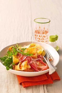 Pasta mit Rucola, Mascarpone und Parmaschinken, ein sehr schönes Rezept aus der Kategorie Pasta. Bewertungen: 194. Durchschnitt: Ø 4,4.