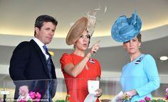 Crown Prince Frederik, Crown Princess Mary andSophie Countess of Wessex attempt to pick a winner