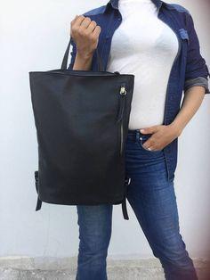 Simple  Leather Backpack/ Black leather Backpack/ Black Black Leather Backpack, Leather Shoulder Bag, Leather Bag, Big Ipad, Italian Leather, Bag Making, Backpacks, Minimal, Notebook
