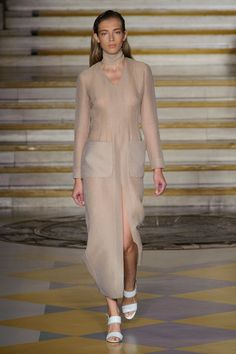 Pin for Later: Emilia Wickstead Is Colouring Outside the Lines For Spring 2015 Emilia Wickstead Spring 2015