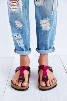 Un peu de #couleurs pour égayer vos tenues ! #Tongs #Gizek #Birkenstock.  J'en veux: http://www.birkenstock-france.com/femmes/gizeh.html