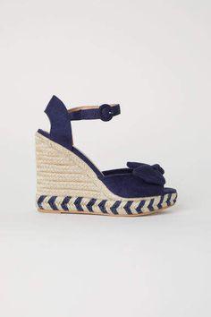 0b103630ada81d H&M Wedge-heel Sandals - Blue Chaussures Compensées Bleues, Chaussures Femme  Talon Compensé,