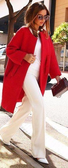 В цвете страсти: 10 модных пальто, которые нельзя не заметить