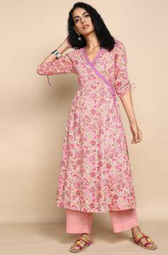 MUl Pink Angrakha with pastel pink pants Simple Kurta Designs, Stylish Dress Designs, Designs For Dresses, Salwar Designs, Kurta Designs Women, Kurti Designs Party Wear, Printed Kurti Designs, Pakistani Dress Design, Pakistani Dresses