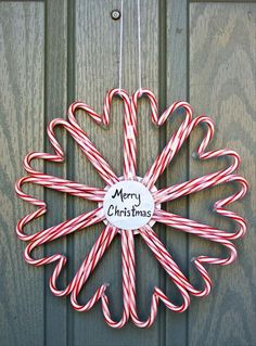 Do It Yourself Christmas Crafts – candy cane wreath