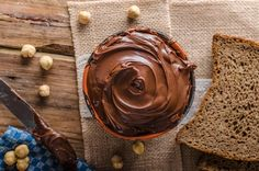 Good-for-you Chocolate-Hazelnut Spread Clean Plates, Chocolate Hazelnut, Nutella, Food Plating, Peanut Butter, Recipes, Hazelnut Spread, Recipies, Ripped Recipes
