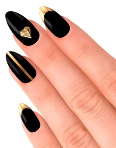 Black and Gold Nails . Classic .