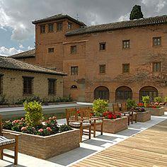 Oferta Hotel Parador de Granada en la Alhambra Granada, Spain Travel, Resorts, Palace, Hotels, Mansions, House Styles, Country Cottages, Apartments