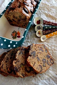 Dates. Love 'em or hate 'em? I'm sure if you lean more toward the hate side, this Date Walnut Loaf will change your mind! Truth be told, I've always loved dates. My mom used to make date squares when I… Date And Walnut Loaf, Walnut Cake, No Bake Desserts, Healthy Desserts, Cake Recipes, Dessert Recipes, Bread Recipes, Date Loaf, Chocolate Candy Recipes