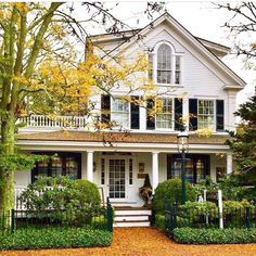 Exterior Paint Colors - You want a fresh new look for exterior of your home? Get inspired for your next exterior painting project with our color gallery. All About Best Home Exterior Paint Color Ideas Modern Farmhouse Exterior, Farmhouse Design, Farmhouse Decor, Home Renovation, Esstisch Design, Deco Retro, Cottage, Cute House, House Goals
