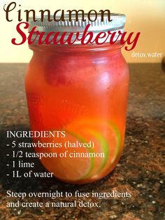 Cinnamon Strawberry Detox Water