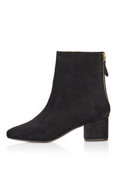 AVOCADO 60's Suede Boots