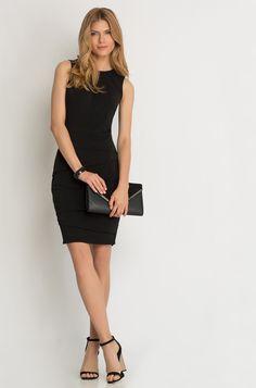 Pouzdrové šaty s geometrickým prošitím
